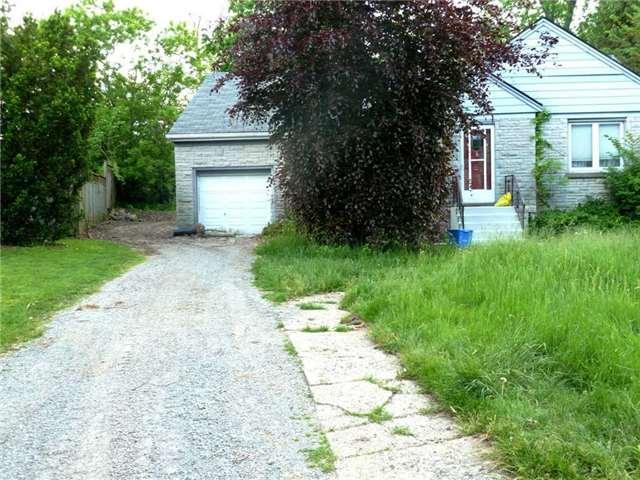 Detached at 24 Glenwood Cres, Hamilton, Ontario. Image 9