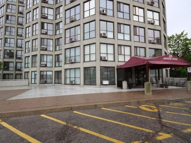 Condo Apartment at 24 Marilyn Dr, Unit 501, Guelph, Ontario. Image 12
