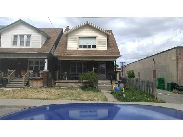 Detached at 153 Melrose Ave N, Hamilton, Ontario. Image 1