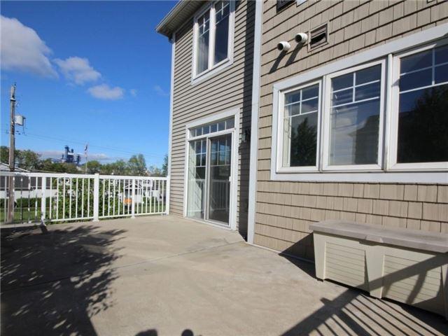 Condo Townhouse at 337 Beach Blvd, Unit 31, Hamilton, Ontario. Image 8