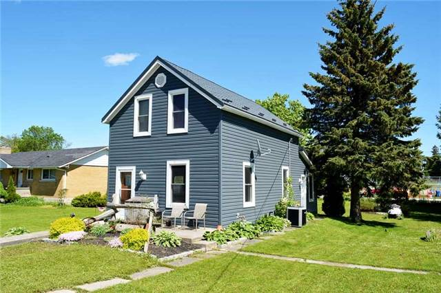 Detached at 87 George St, Grey Highlands, Ontario. Image 1