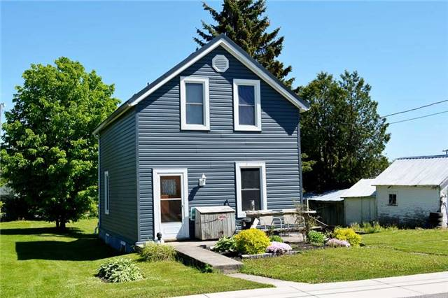 Detached at 87 George St, Grey Highlands, Ontario. Image 2