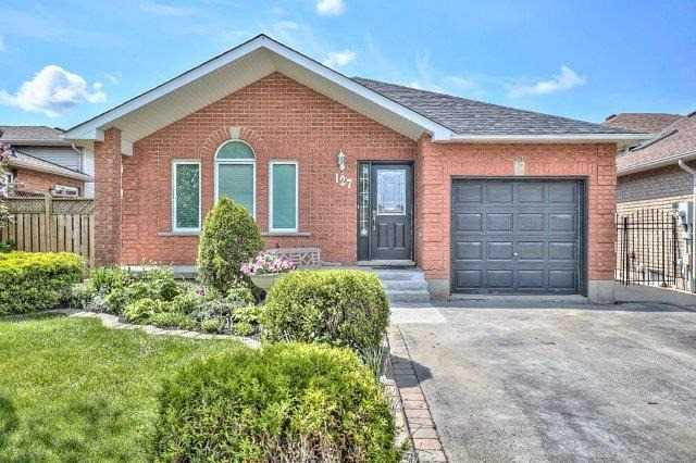 Detached at 127 Highbury Dr, Hamilton, Ontario. Image 1