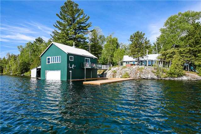 Detached at 194 Lake Temagami Island W, Unit 856, Temagami, Ontario. Image 1