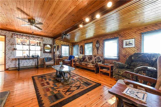 Detached at 194 Lake Temagami Island W, Unit 856, Temagami, Ontario. Image 8