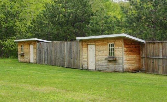 Detached at 3154 Old Barry's Bay Rd, Madawaska Valley, Ontario. Image 3