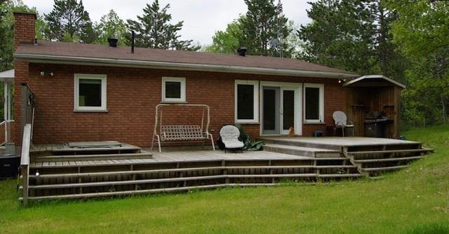 Detached at 3154 Old Barry's Bay Rd, Madawaska Valley, Ontario. Image 5