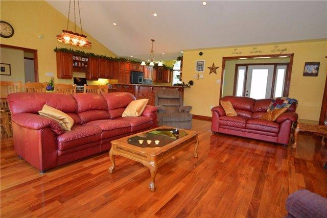 Detached at 80 Applewood Dr, Trent Hills, Ontario. Image 6