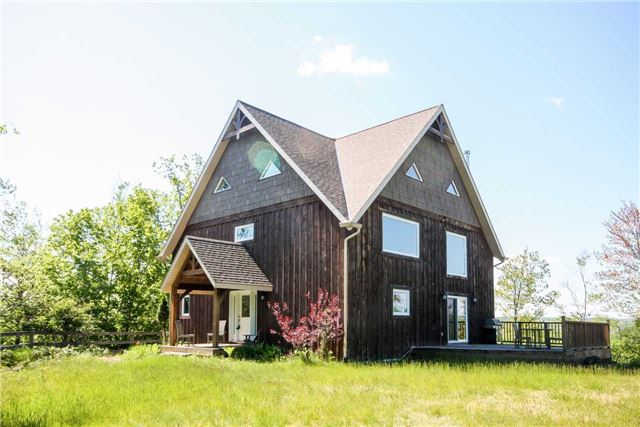Detached at 838236 4th Line E, Mulmur, Ontario. Image 1