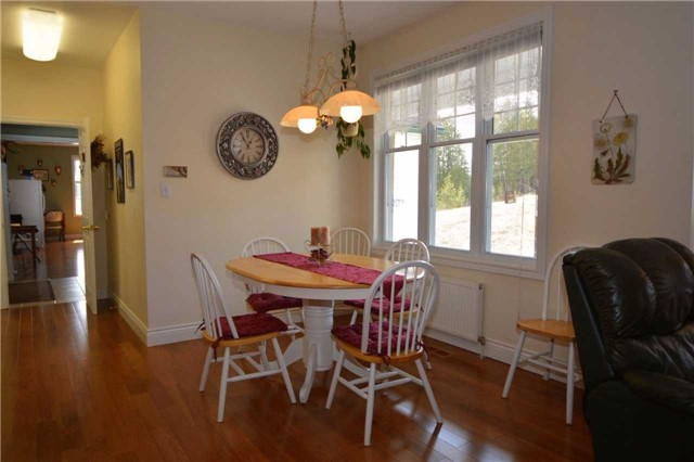 Detached at 2206 10th Consession, Havelock-Belmont-Methuen, Ontario. Image 15