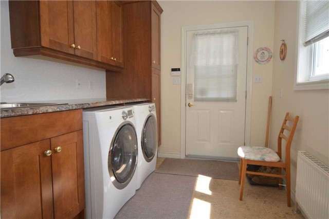 Detached at 2206 10th Consession, Havelock-Belmont-Methuen, Ontario. Image 4