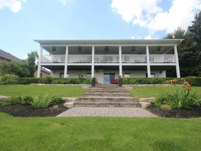 Detached at 15 Chele Mark Dr, Woodstock, Ontario. Image 14