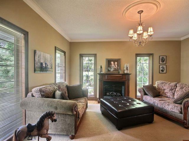 Detached at 15 Chele Mark Dr, Woodstock, Ontario. Image 17