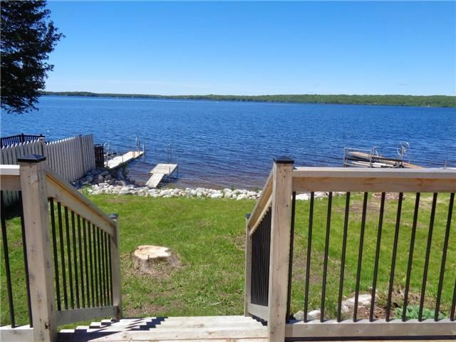 Cottage at 15 Tipperary Crt, Marmora and Lake, Ontario. Image 8