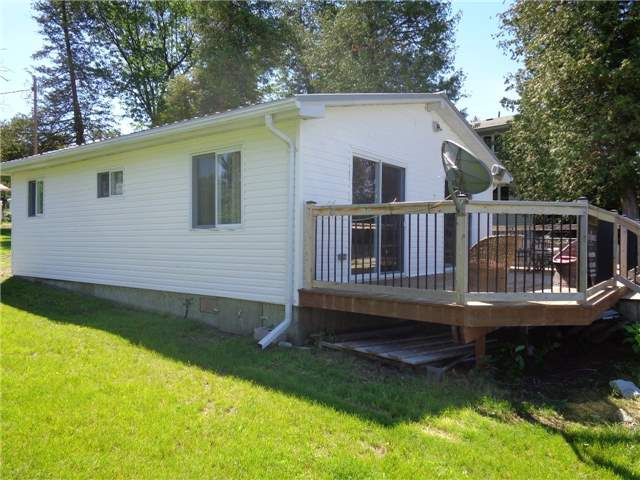 Cottage at 15 Tipperary Crt, Marmora and Lake, Ontario. Image 12