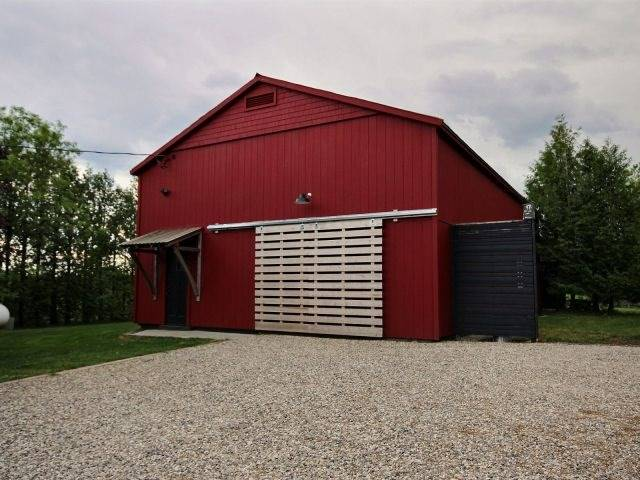 Detached at 5836 Fifth Line, Erin, Ontario. Image 15