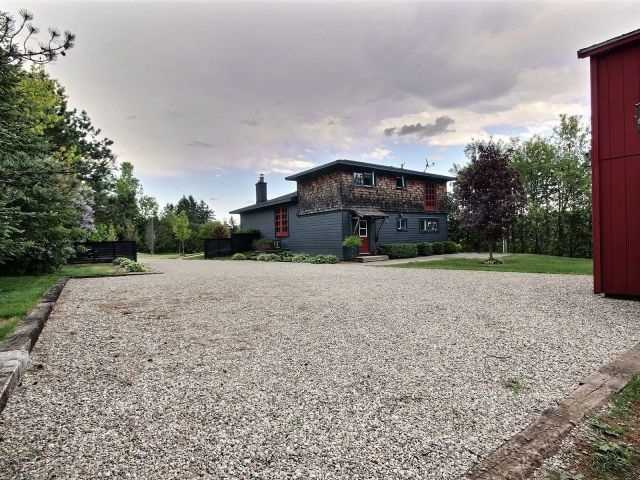 Detached at 5836 Fifth Line, Erin, Ontario. Image 11