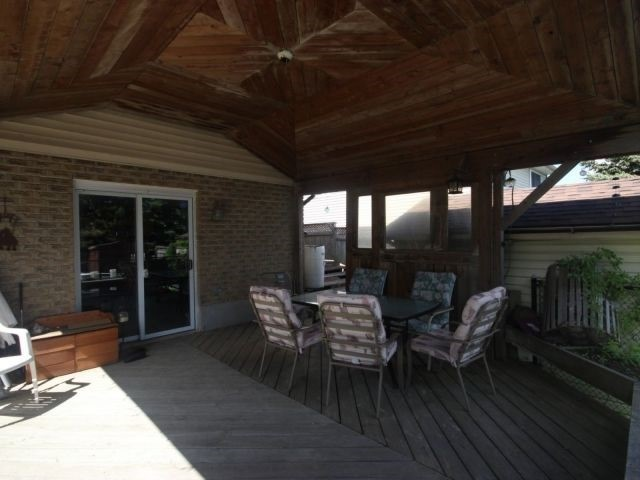 Detached at 24 Stonehenge Pl, Kitchener, Ontario. Image 11
