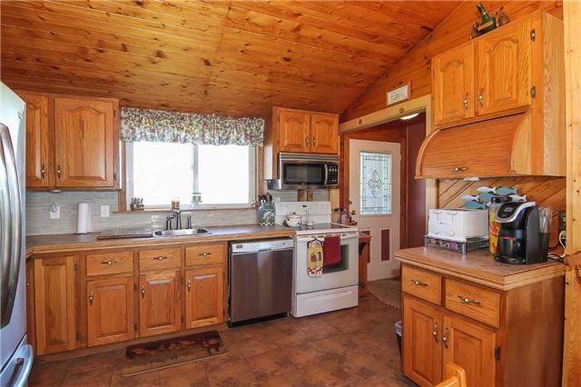 Detached at 817 Lakeshore Rd, Haldimand, Ontario. Image 16