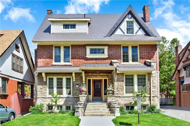 Detached at 153 Holton Ave S, Hamilton, Ontario. Image 1