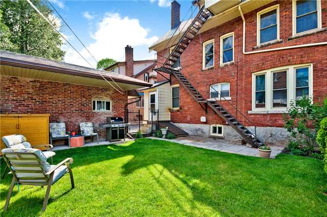 Detached at 153 Holton Ave S, Hamilton, Ontario. Image 8