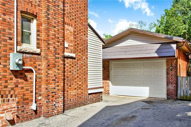 Detached at 153 Holton Ave S, Hamilton, Ontario. Image 11