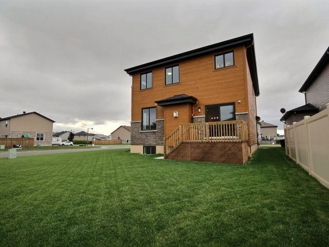 Detached at 1070 Docteur Corbeil  Blvd, Clarence-Rockland, Ontario. Image 10