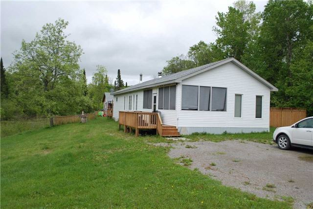 Detached at 8132 County Road 503 Rd, Minden Hills, Ontario. Image 13