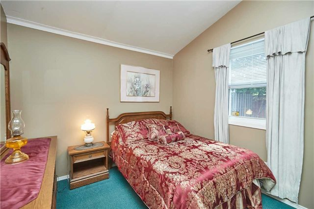 Detached at 88 Lincoln Rd E, Fort Erie, Ontario. Image 12