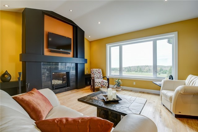 Detached at 4193 10th Line, Port Hope, Ontario. Image 19