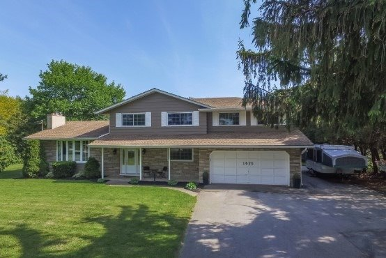 Rural Residence at 1676 Second Ave, St. Catharines, Ontario. Image 1