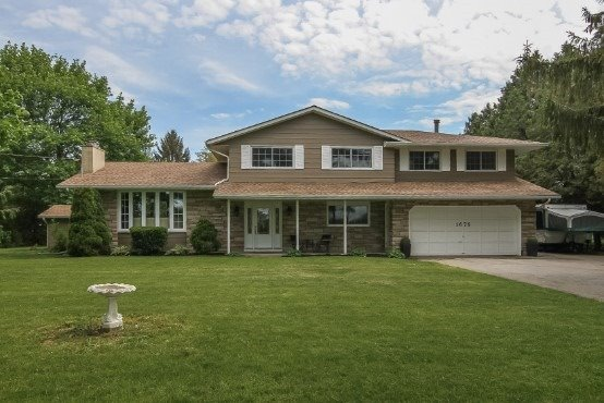 Rural Residence at 1676 Second Ave, St. Catharines, Ontario. Image 14