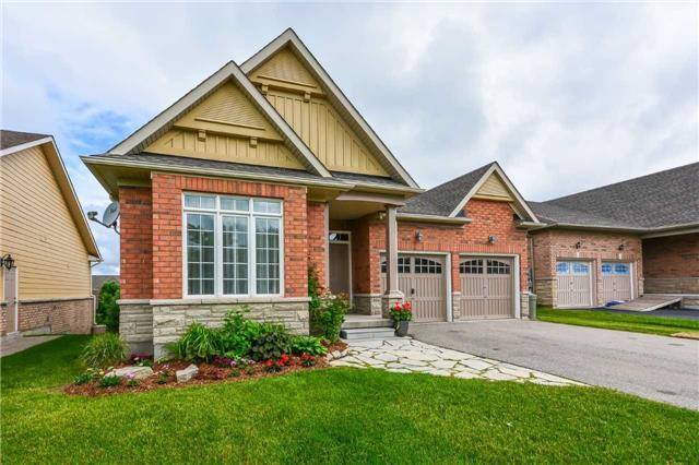 Detached at 149 Aberfoyle Mill Cres, Puslinch, Ontario. Image 12