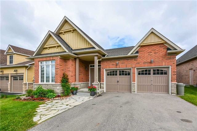 Detached at 149 Aberfoyle Mill Cres, Puslinch, Ontario. Image 14