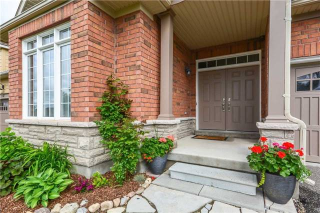 Detached at 149 Aberfoyle Mill Cres, Puslinch, Ontario. Image 15