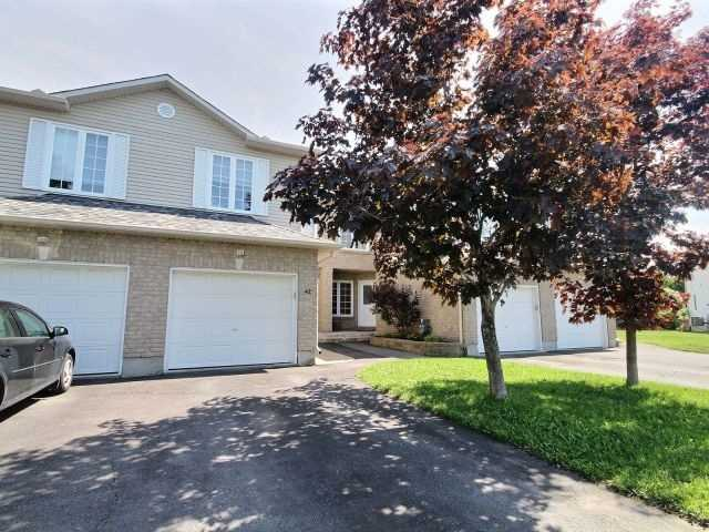 Townhouse at 42 Roger Cres, Casselman, Ontario. Image 8