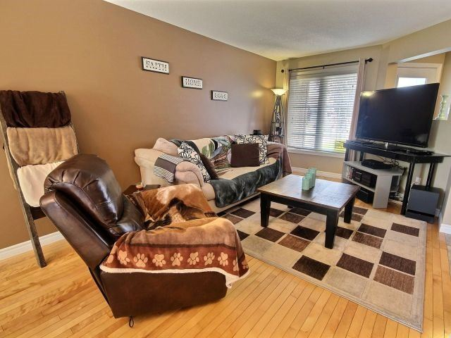 Townhouse at 42 Roger Cres, Casselman, Ontario. Image 12
