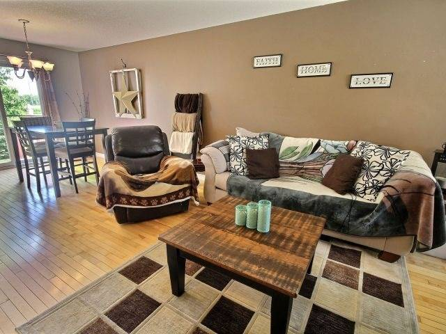 Townhouse at 42 Roger Cres, Casselman, Ontario. Image 13