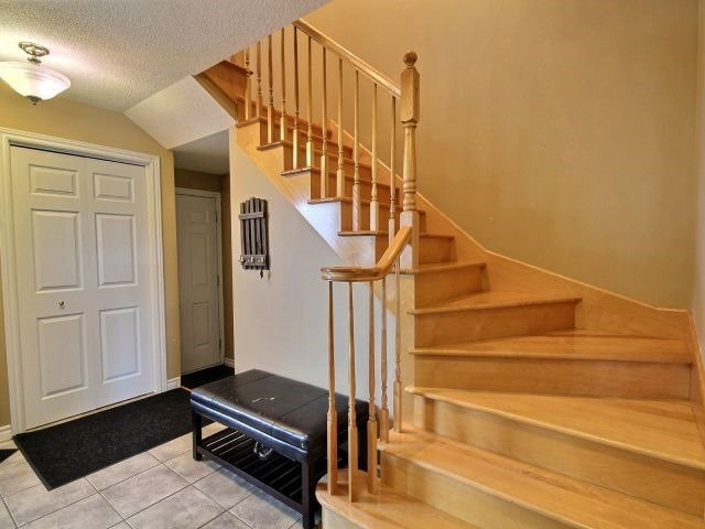 Townhouse at 42 Roger Cres, Casselman, Ontario. Image 2