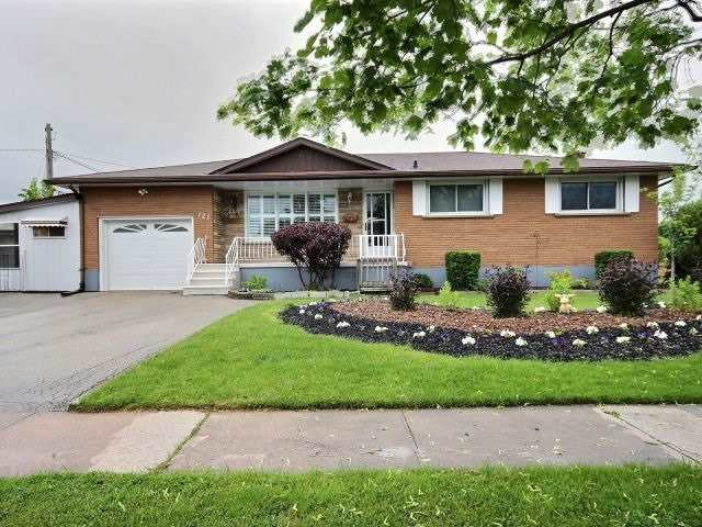 Detached at 121 Garon Ave, Welland, Ontario. Image 13