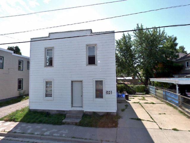 Duplex at 2645 Whelpton St, Windsor, Ontario. Image 1