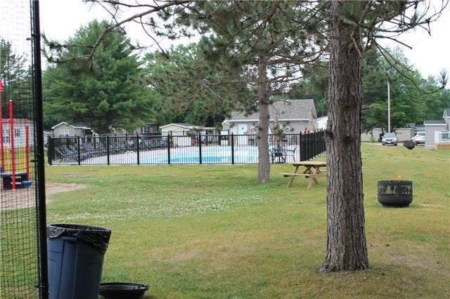 Cottage at 1082 Shamrock Marina Rd, Unit 16, Gravenhurst, Ontario. Image 6
