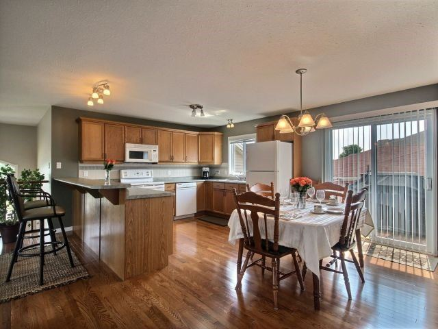 Detached at 2 Riverview Rd, Ingersoll, Ontario. Image 16