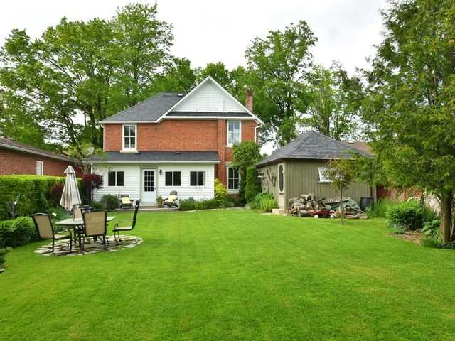 Detached at 135 First Ave W, Shelburne, Ontario. Image 13