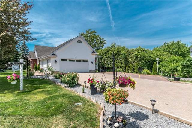 Detached at 4 Settlers Crt, Niagara-on-the-Lake, Ontario. Image 12