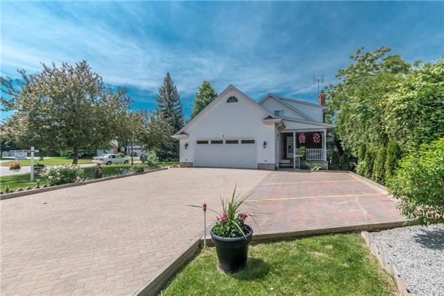 Detached at 4 Settlers Crt, Niagara-on-the-Lake, Ontario. Image 14