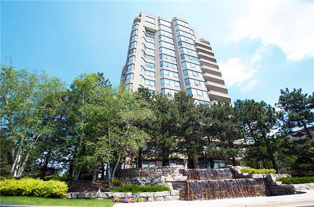 Condo Apartment at 6 Willow St, Unit 2008, Waterloo, Ontario. Image 1