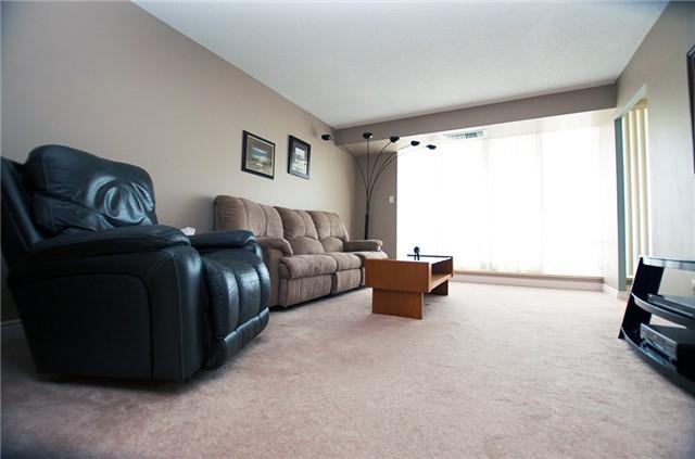 Condo Apartment at 6 Willow St, Unit 2008, Waterloo, Ontario. Image 11