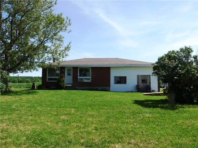 Detached at 9408 Highway 17, West Nipissing, Ontario. Image 12
