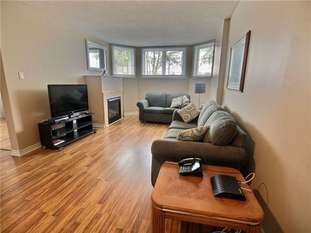 Condo Apartment at 75 Lapointe Blvd, Unit 5C, Russell, Ontario. Image 7